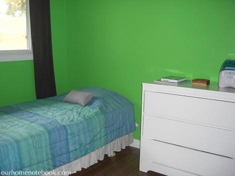 Kids Bedroom Before 2