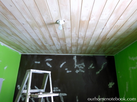 Kids Room Makeover - Filling holes with dap