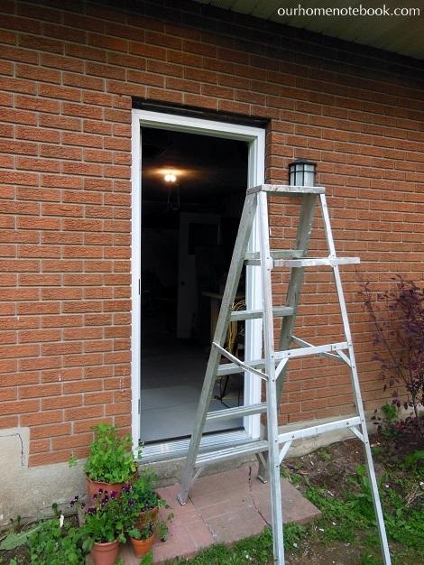 Installing a Exterior Door - Installing brick moulding