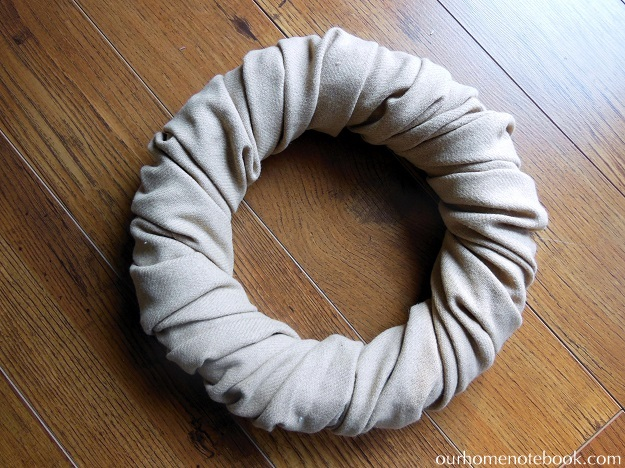 Simple Fabric Wrapped Wreath Tutorial - Step 2 Finished Wrapping 1