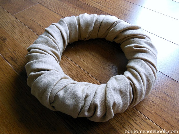 Simple Fabric Wrapped Wreath Tutorial - Step 3 Finished Wrapping 2