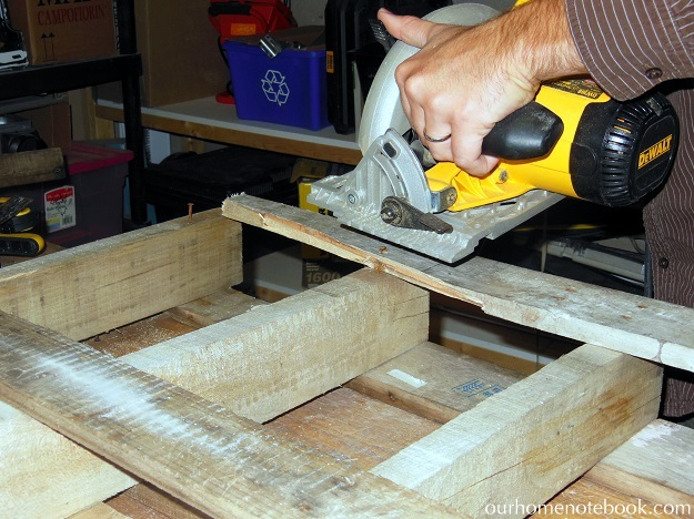 Building A Rustic Wood Centerpiece Box - Cutting the boards